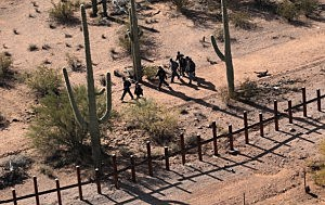 Drug Dealers on Mexican Side of Border-Arizona