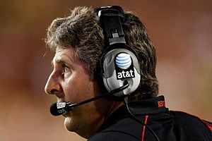 WSU head football coach Mike Leach
