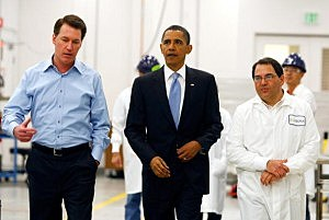 Obama tours the now shuttered Solyndra Plant