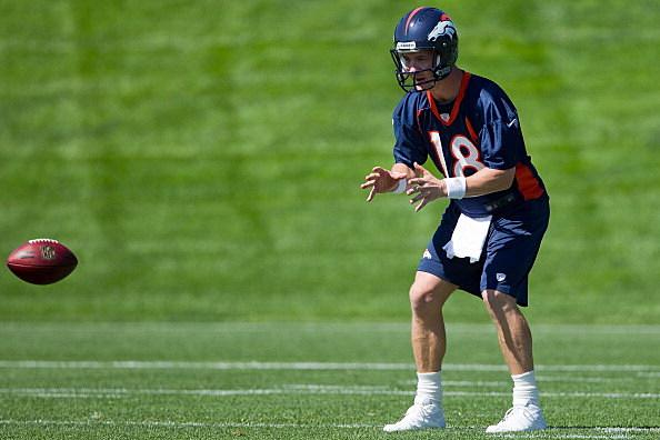 Manning's 18 Broncos Jersey