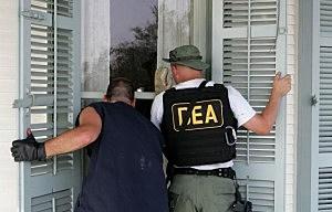 DEA agents searching for bath salt suspect
