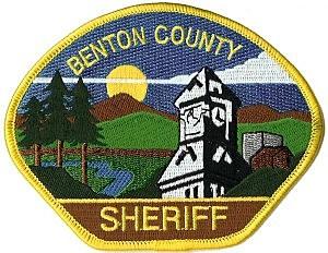 Benton County Sheriffs arrest chainsaw weilding man