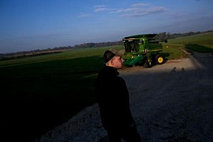Mesa Farm loses $100,000 to embezzler