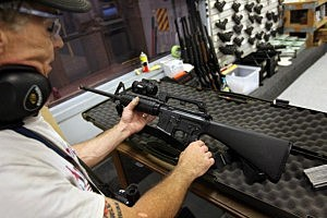 White House confirms Obama supports assault weapons ban