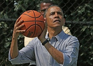 Obama shoots less than 10% during hoops outing