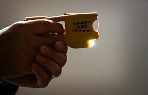 Pasco man uses Taser to shoplift from Ranch and Home