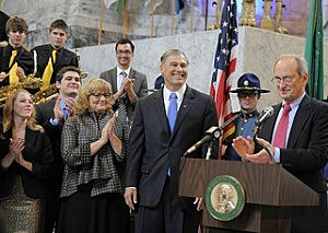 Inslee again shows preference towards green energy jobs