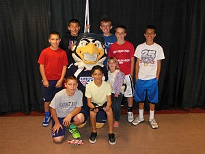 Dhylan, Winger and his Kennewick Colts Grid Kid buddies!