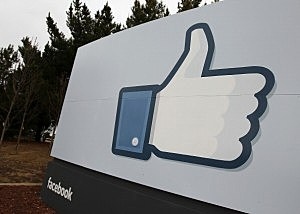 """New study shows many employees don't give Facebook a """"like"""""""