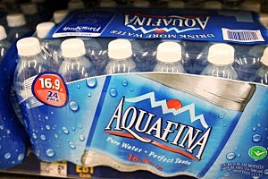 Gov. Inslee wants to tax all forms of bottled water