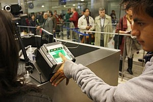 More outsourcing sought by major airlines