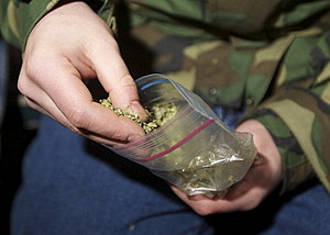 "Proposed bill would allow ""gifting"" of pot  (Getty Images)"