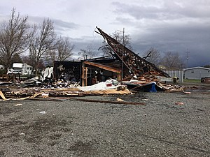 Propane tank explosion, fire destroys LaGrande business (Oregon State Patrol)